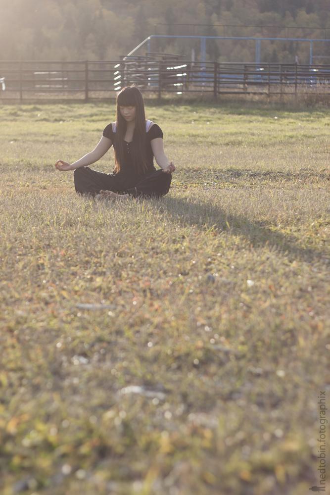 Easy Pose | Sukhasana | Yoga | Sufey