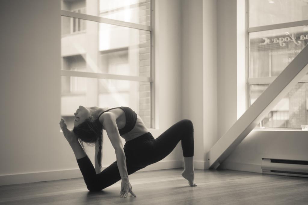 One Legged King Pigeon Pose II | Eka Pada Rajakapotasana II | Yoga | Leiah Luz